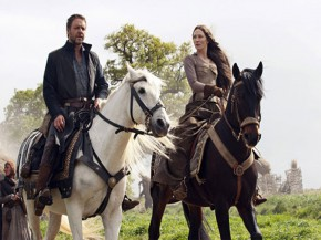 Robin-Hood-Russell-Crowe-and-Cate-Blanchett-kadr-z-filmu