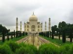 Taj Mahal in Agra (garden)