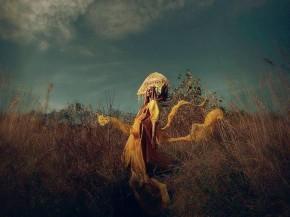 kreacja LIIL, fot. Mina Winter